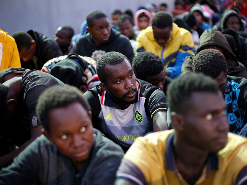 Refugiados vendidos como escravos por 430 euros