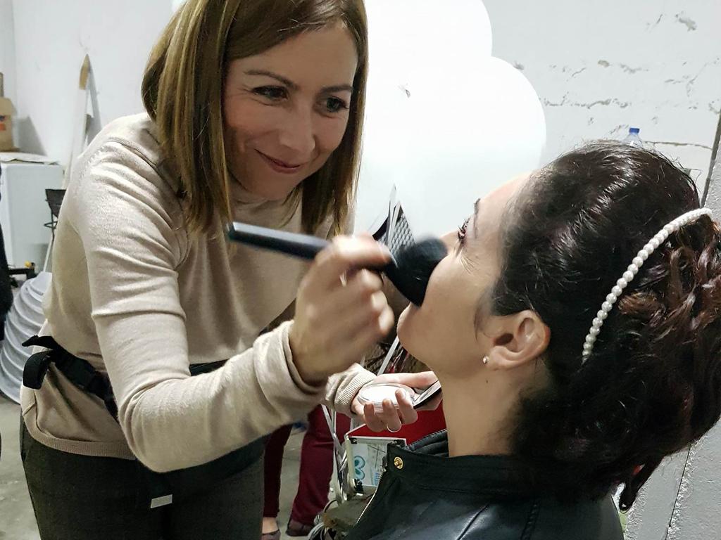 Alexandra Gama, Maquilhadora