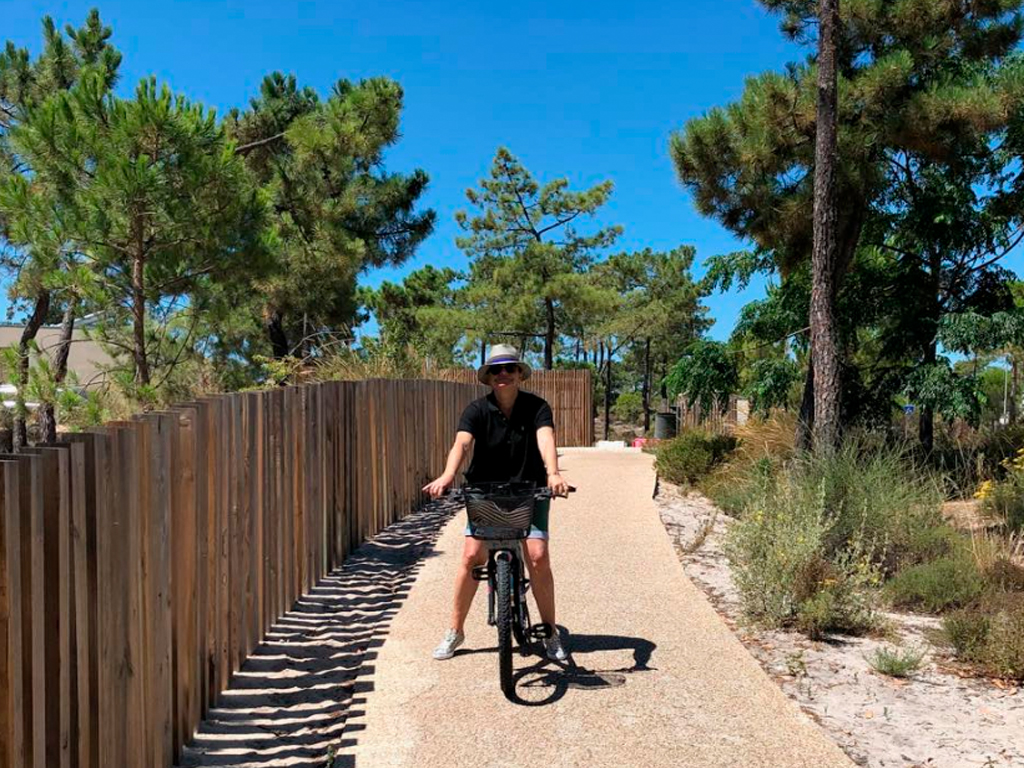 Júlia de Bicicleta