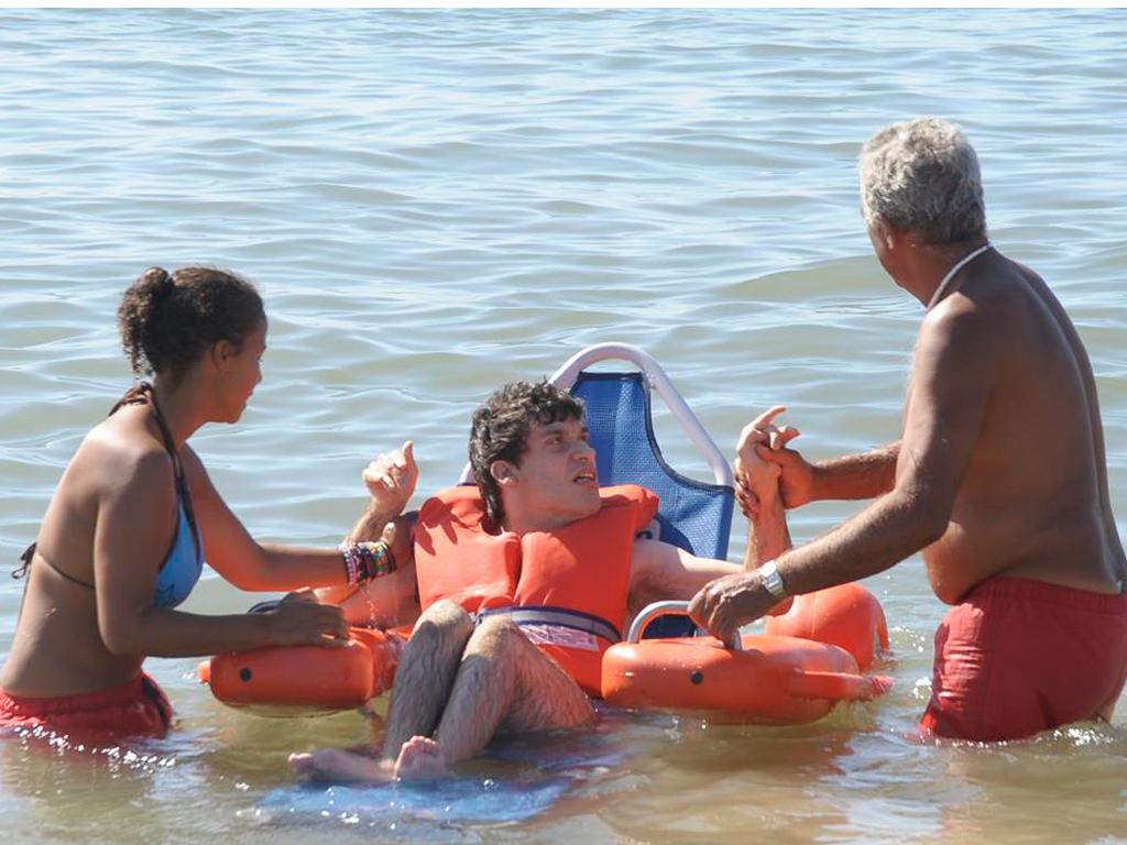 Oeiras - cadeiras de rodas de praia