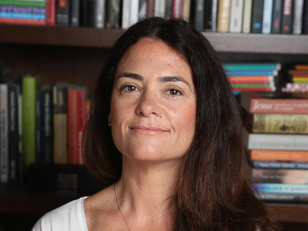"""""""Comove-me a extraordinária capacidade que as mães possuem de levar tudo à frente por causa de um filho"""", Cláudia Rodrigues Claudia-Rodrigues"""