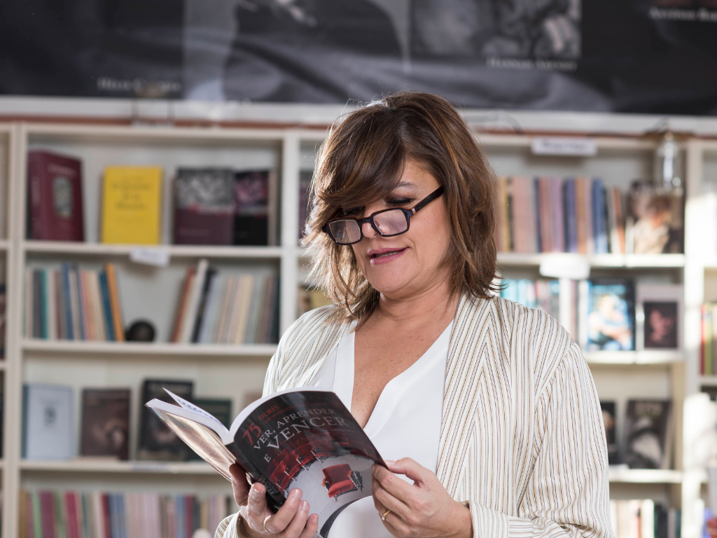 Julia Pinheiro Ler